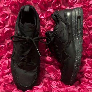 Nike Women's Air Max 1 Ultra 2.0 SI Running Shoes